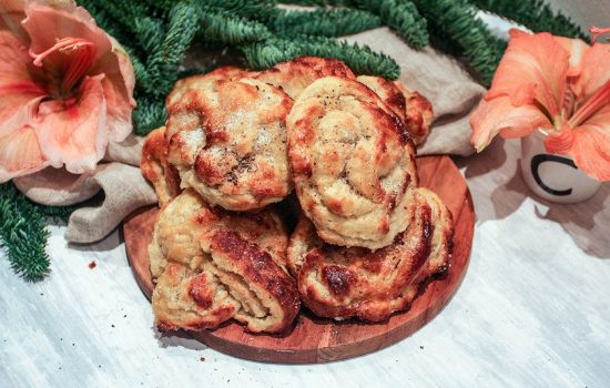 Swedish cardamom knots – time for fika