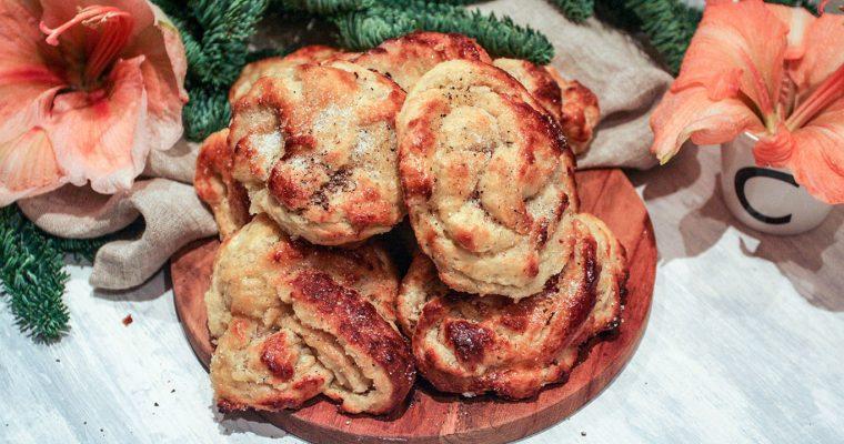 Swedish cardamom knots – time for fika